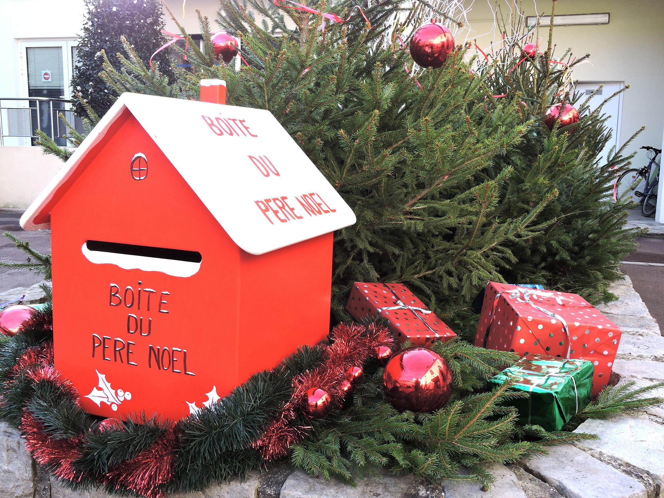 La Boîte Aux Lettres Du Père Noël | Mairie De Villeparisis 77 destiné Boite De Noel A Imprimer