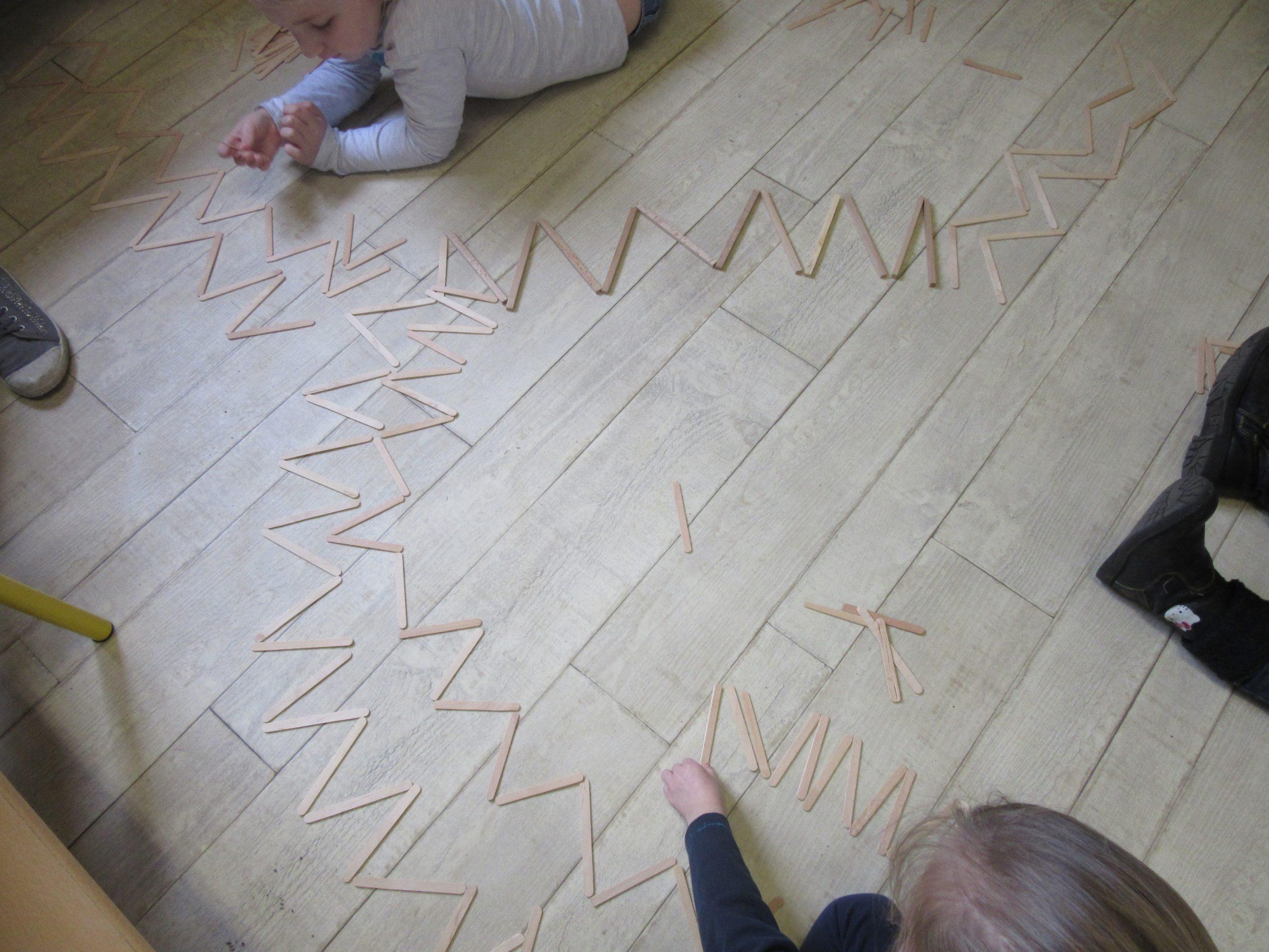 La Ligne Brisée Ms / Représentation Par Les Jeux En Classe dedans Jeux Maternelle En Ligne