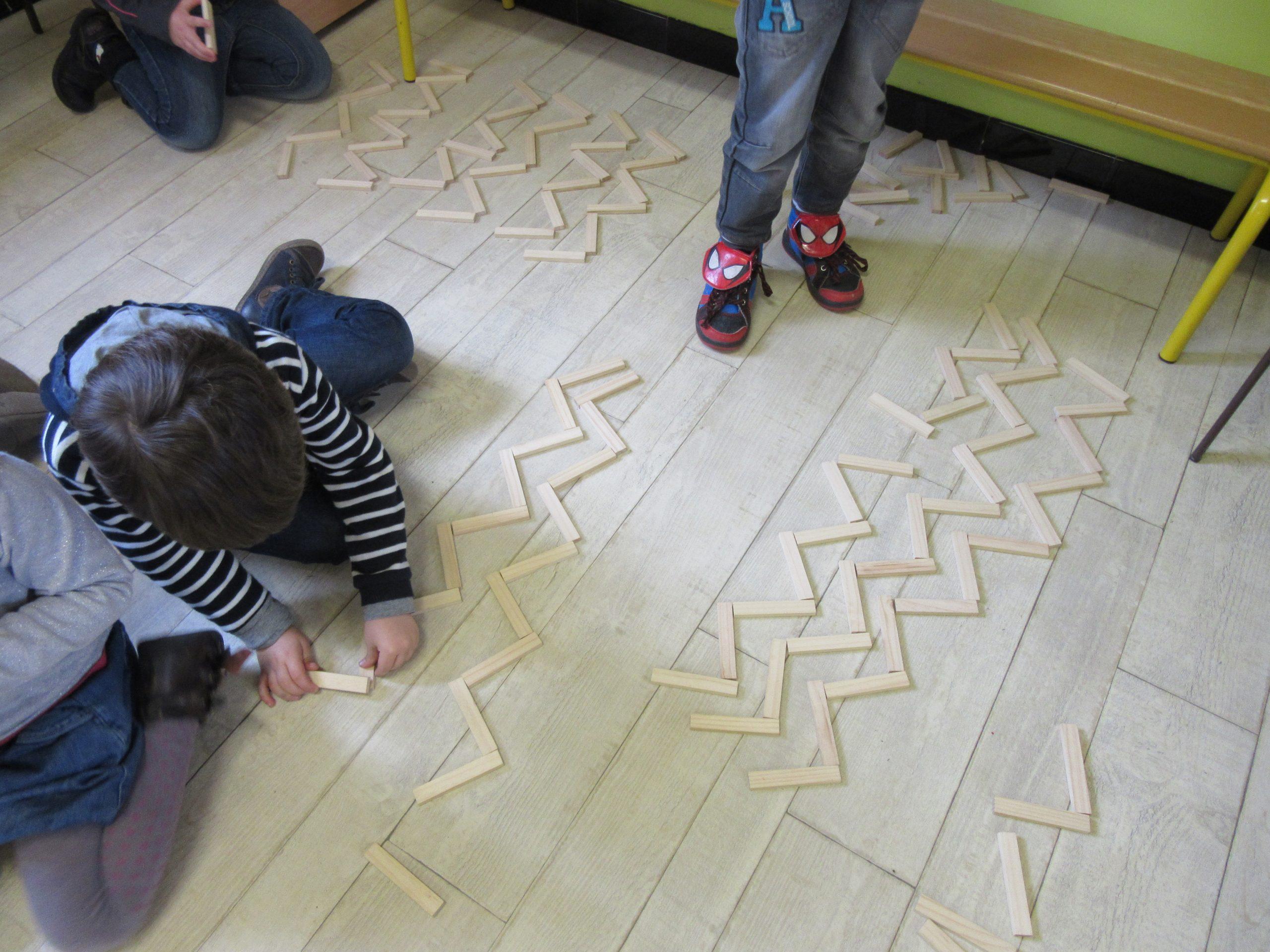 La Ligne Brisée Ms / Représentation Par Les Jeux En Classe destiné Jeux Maternelle En Ligne