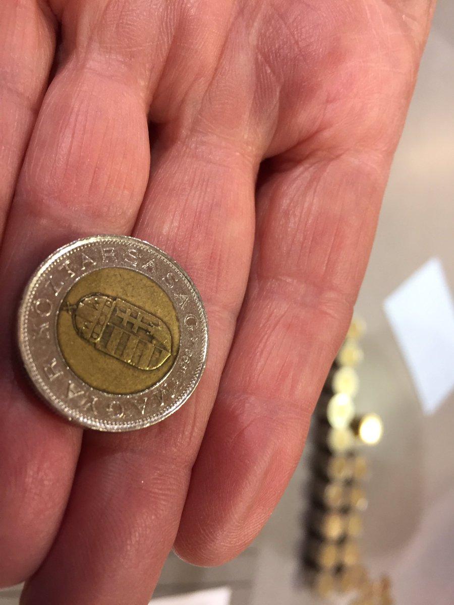 """La Montagne Issoire On Twitter: """"#primairedroite Une Fausse concernant Fausses Pieces Euros"""