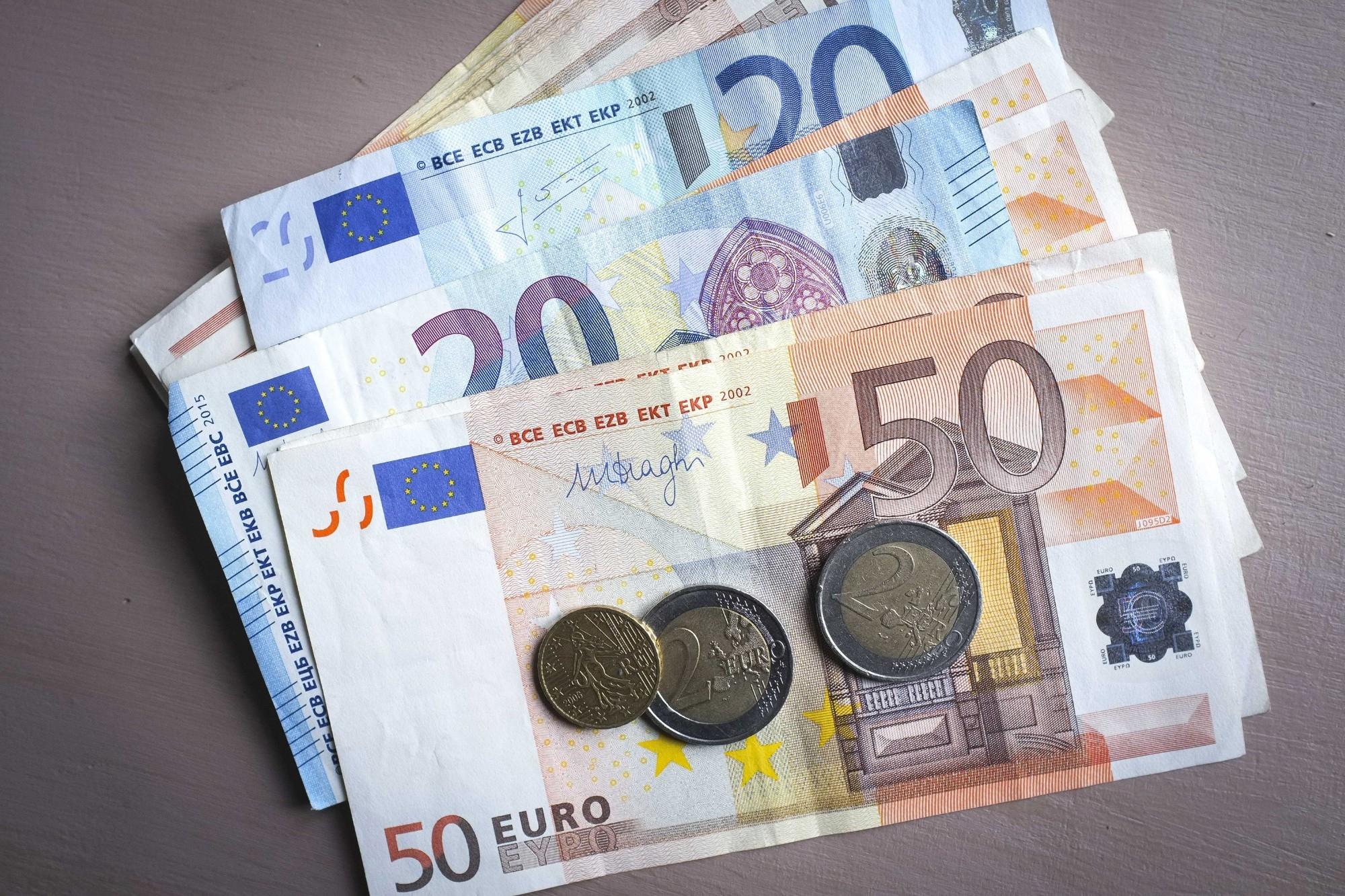 Le Havre : Elle Fabriquait De Faux Billets Sur Des Feuilles encequiconcerne Pieces Et Billets Euros À Imprimer
