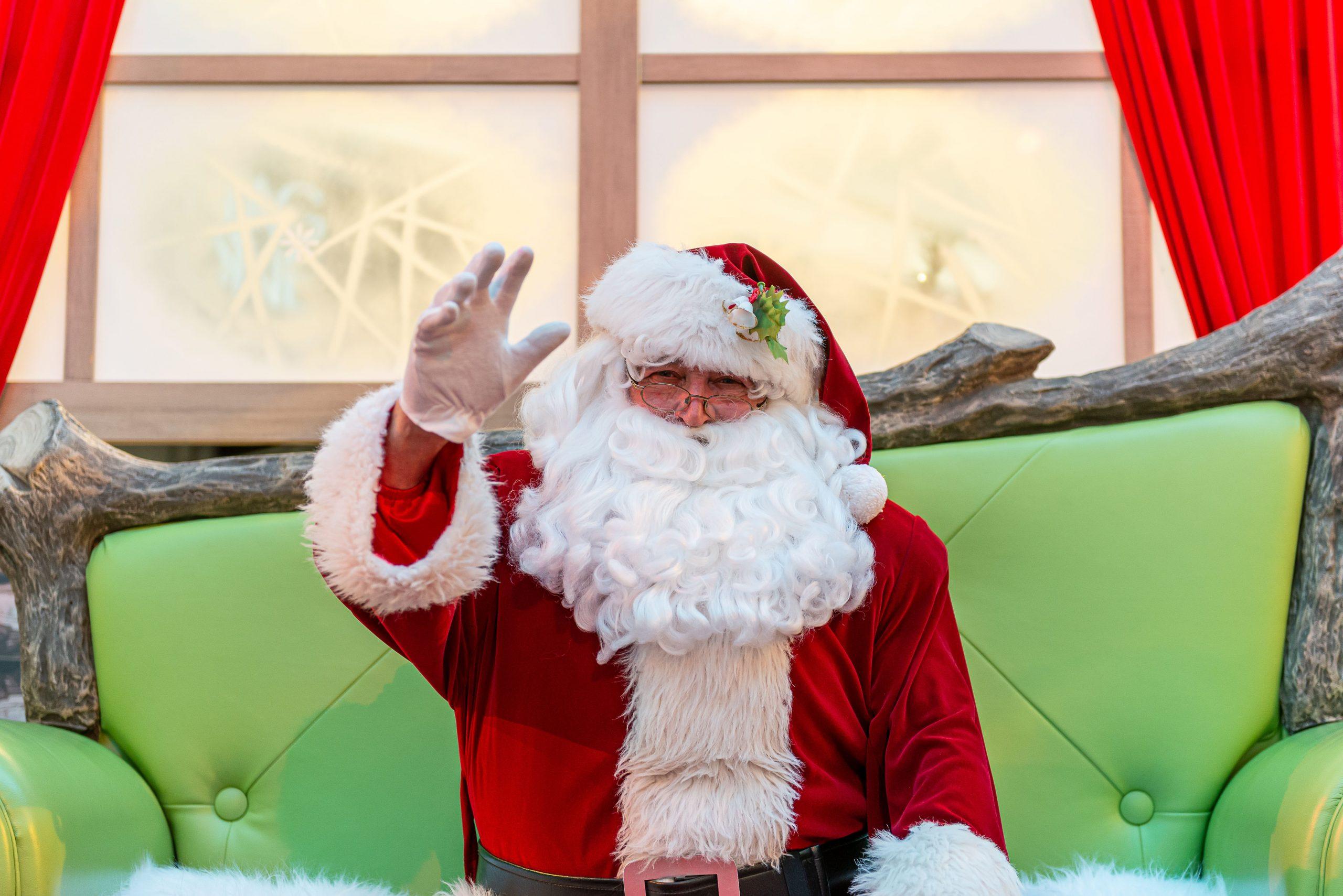 Le Père Noël, Un Confident Attachant! - Le Canada Français pour Fabrication De Pere Noel