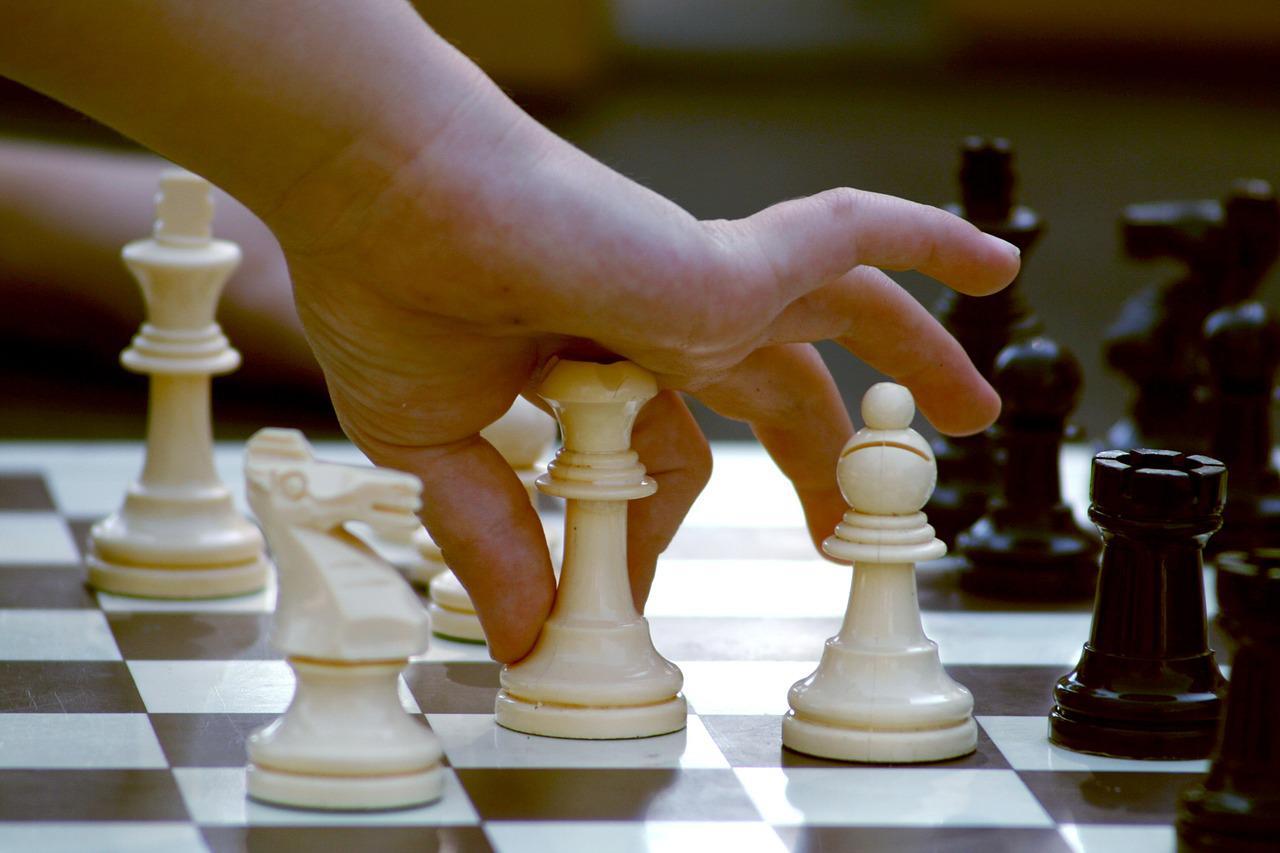 Les Bienfaits Du Jeu D'échecs Pour Les Enfants (+ Comment à Jeux Pour Bebe Gratuit