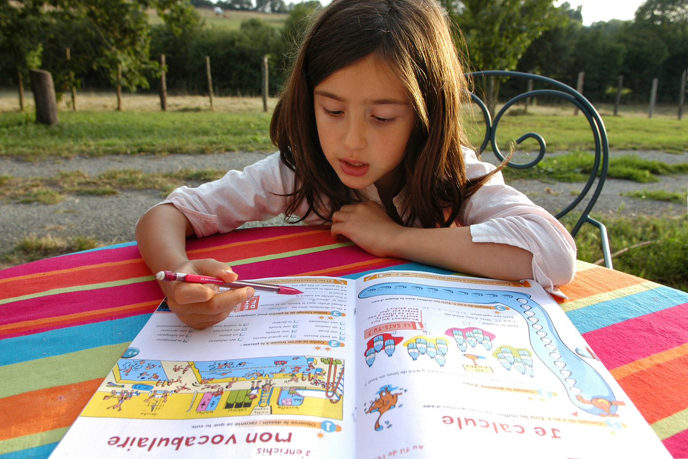 Les Cahiers De Vacances Ont Toujours La Cote Auprès Des Français concernant Cahier De Vacances Maternelle Pdf