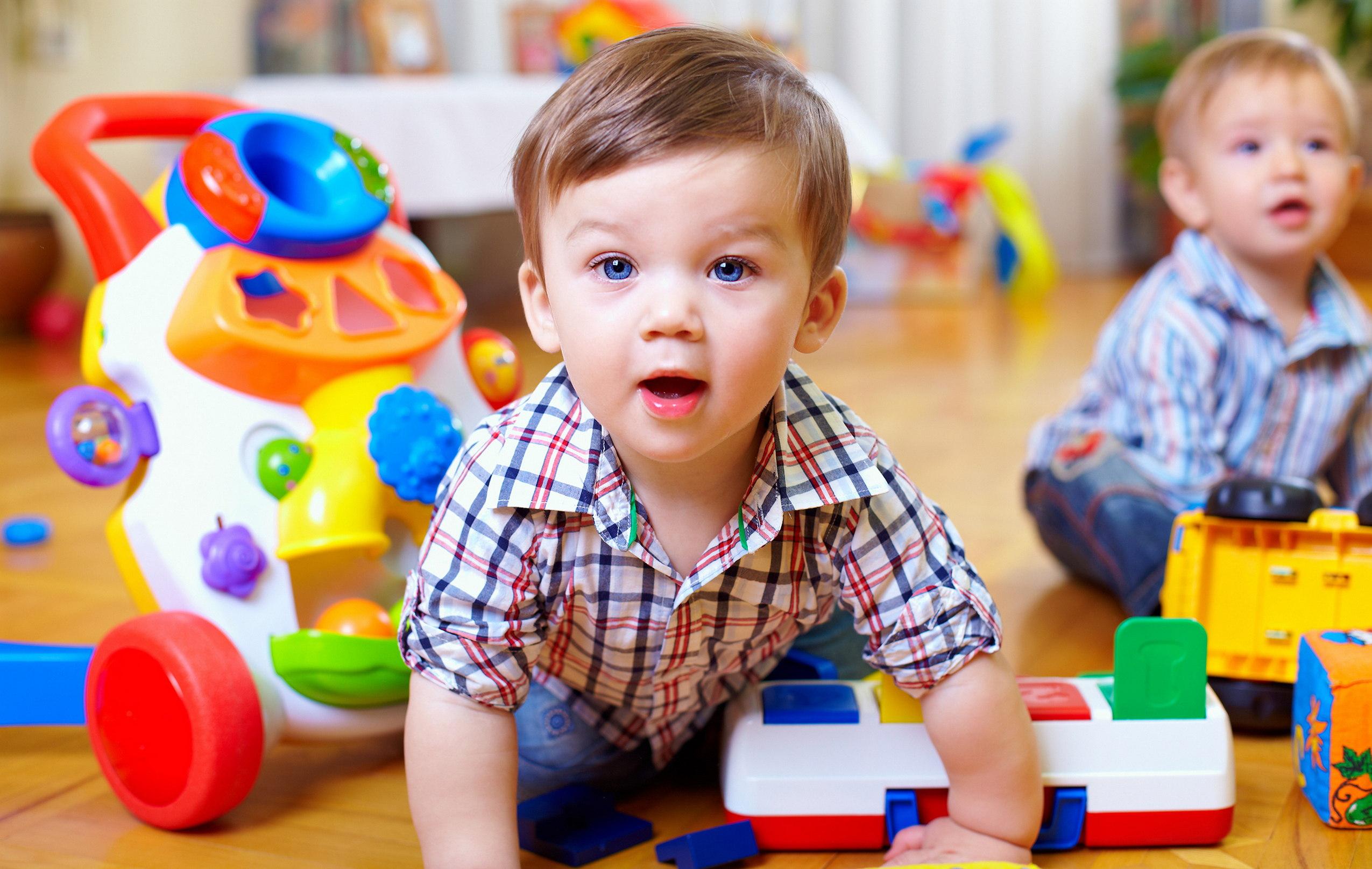 Les Grandes Étapes Du Développement Psychomoteur De L'enfant intérieur Jeux Pour Bébé En Ligne 2 Ans