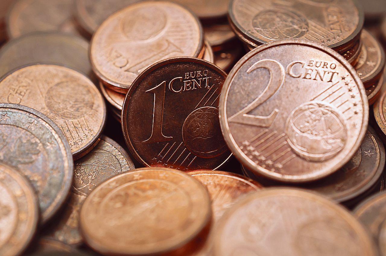 Les Pièces Rouges De Un Et Deux Centimes D'Euro, Vouées À Disparaître encequiconcerne Pièces Euros À Imprimer