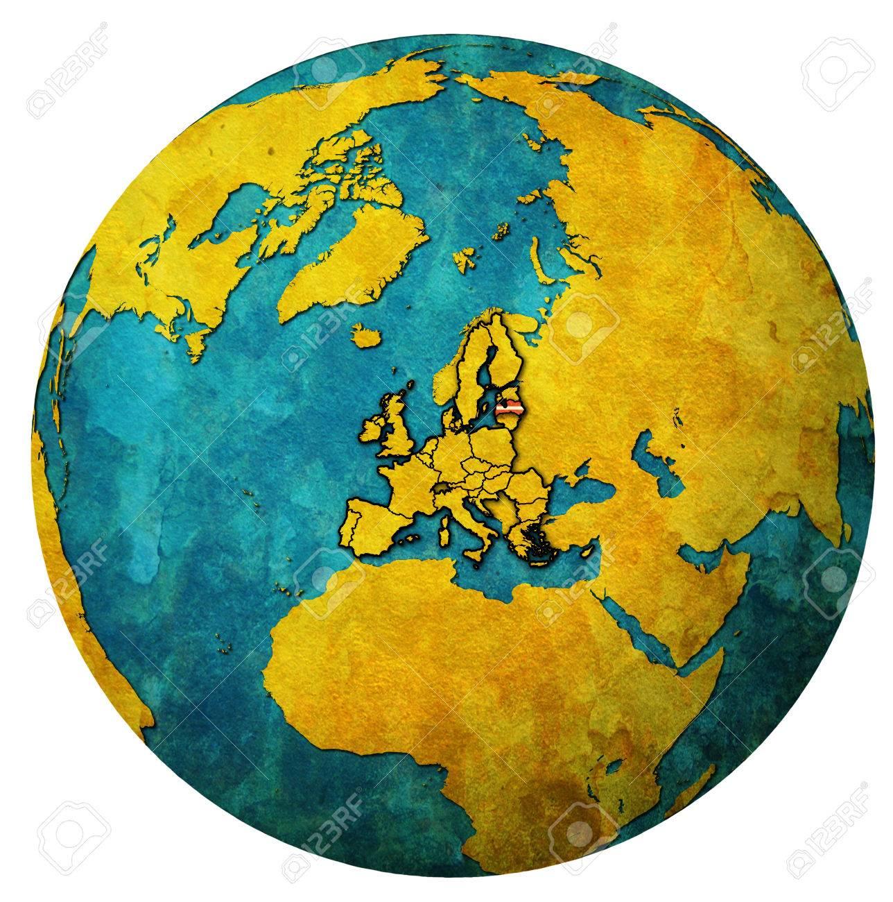Lettonie, Emplacement, À, Drapeau National, Sur, Territoire, De, Union  Européenne, Pays Membres, Sur, Globe, Carte, Isolé, Sur, Blanc concernant Carte Des Pays Membres De L Ue
