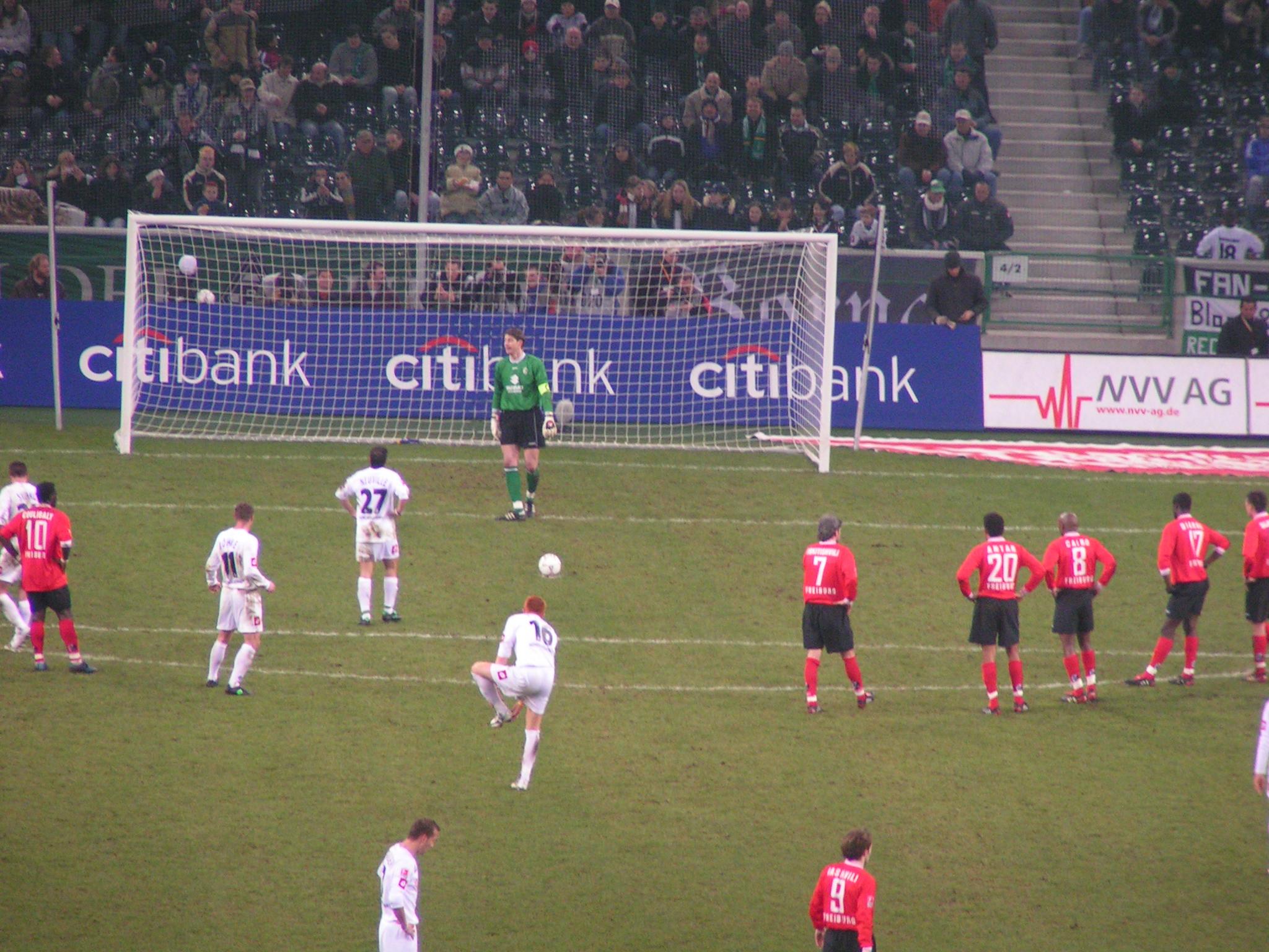 Loi 14 Du Football — Wikipédia serapportantà Jeux De Gardien De But