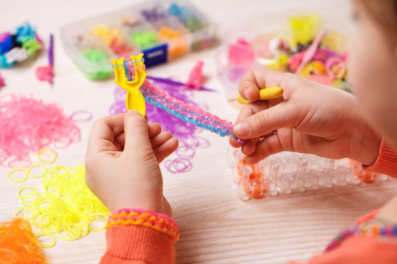 Loisirs Créatifs : Les Meilleurs Jeux Pour Occuper Les Enfants encequiconcerne Activité Fille 6 Ans