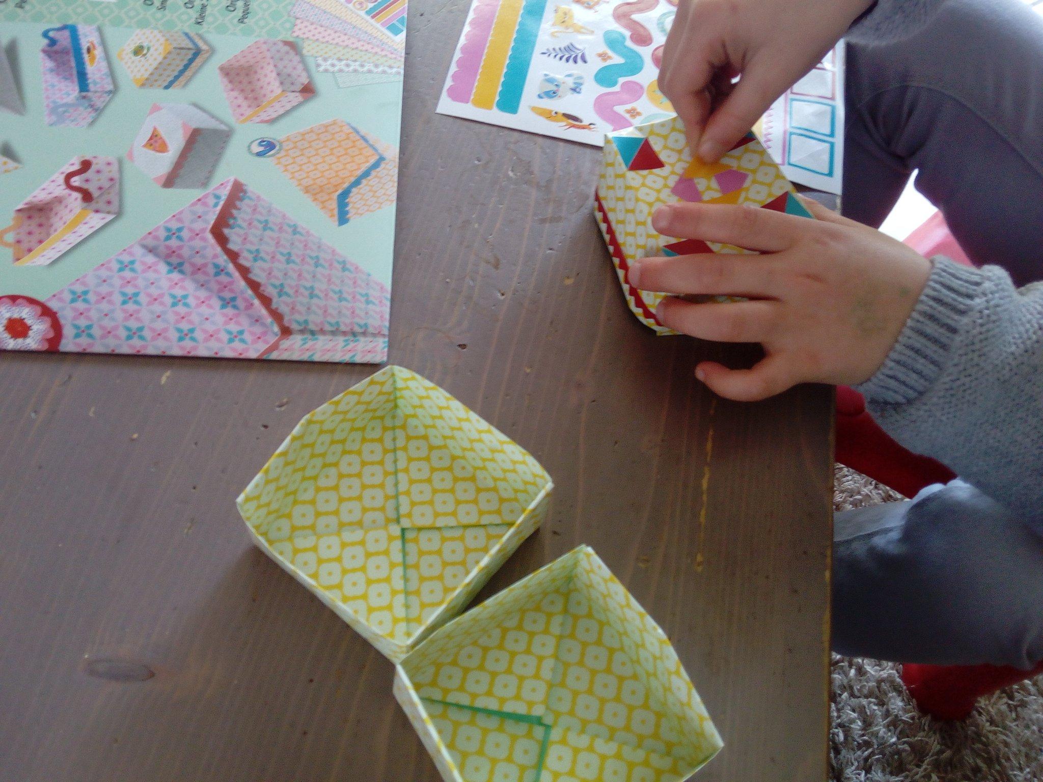 L'origami Avec Les Enfants : Une Activité Créative Qui avec Pliage Papier Enfant