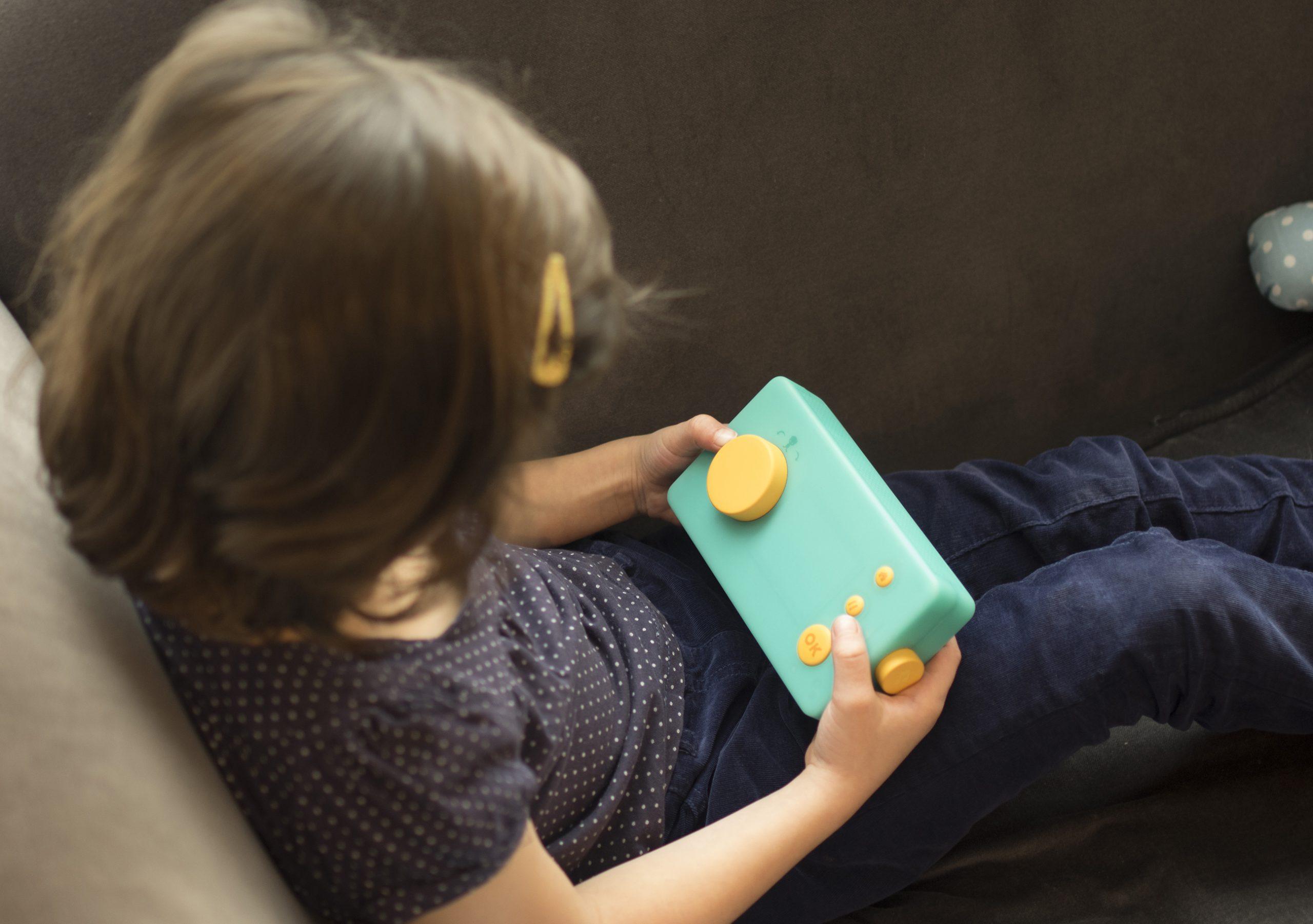 Lunii : La Fabrique À Histoires, Un Jouet Original Et Simple concernant Jeux De Petite Fille De 6 Ans