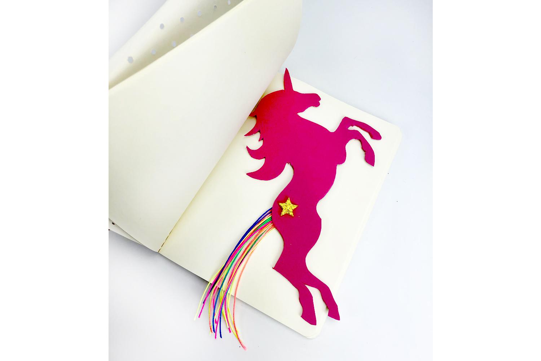 Marque-Page Licorne - Activités Enfantines - 10 Doigts destiné Marque Page Gratuit À Imprimer
