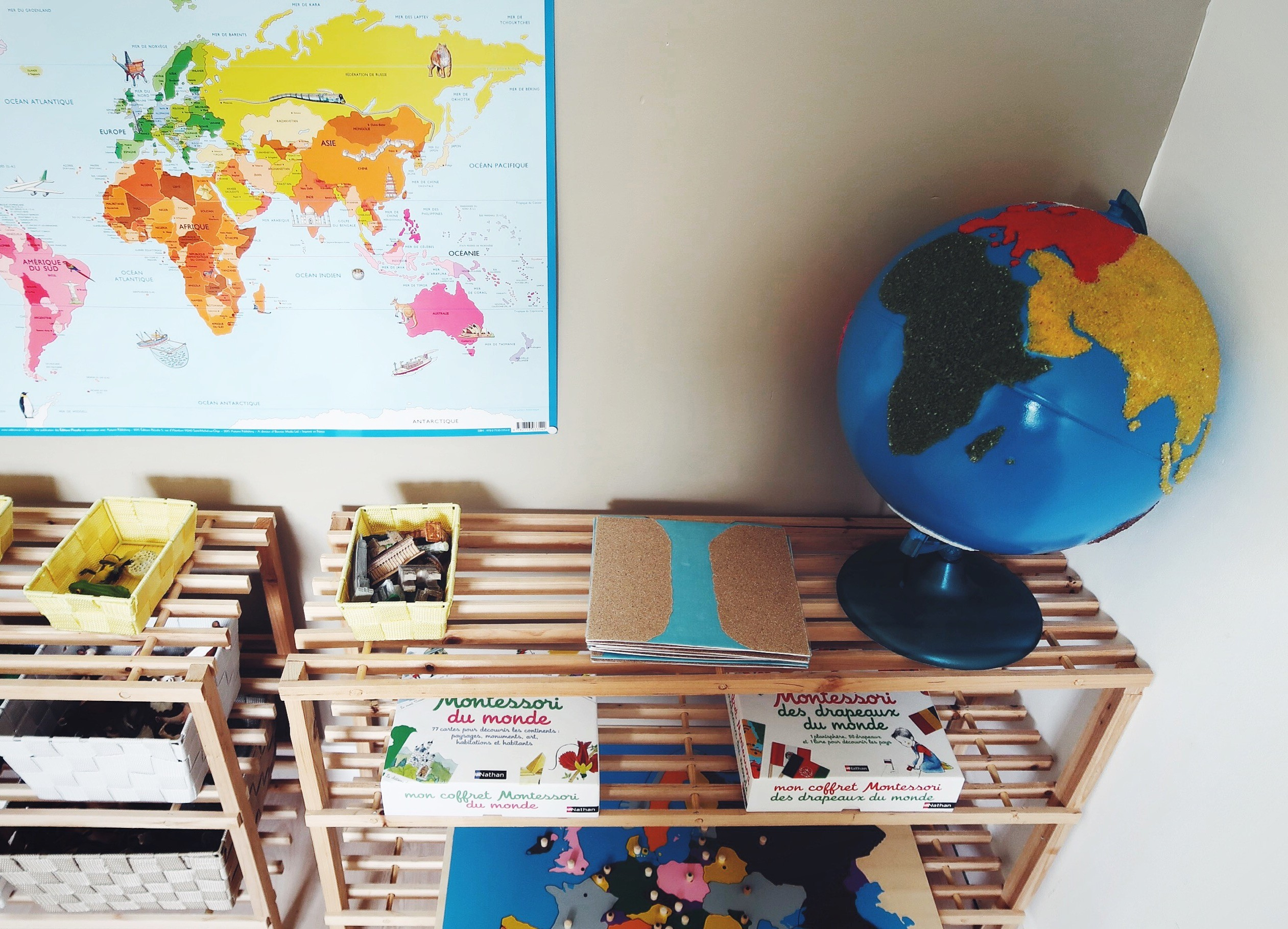 Matériel Montessori De Géographie : Notre Équipement. serapportantà Jeux Géographique