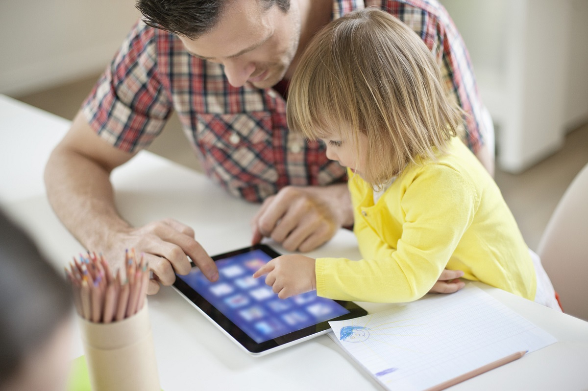Met' – Télé, Tablette, Ordinateur : À Consommer Avec Modération intérieur Tablette Enfant Fille
