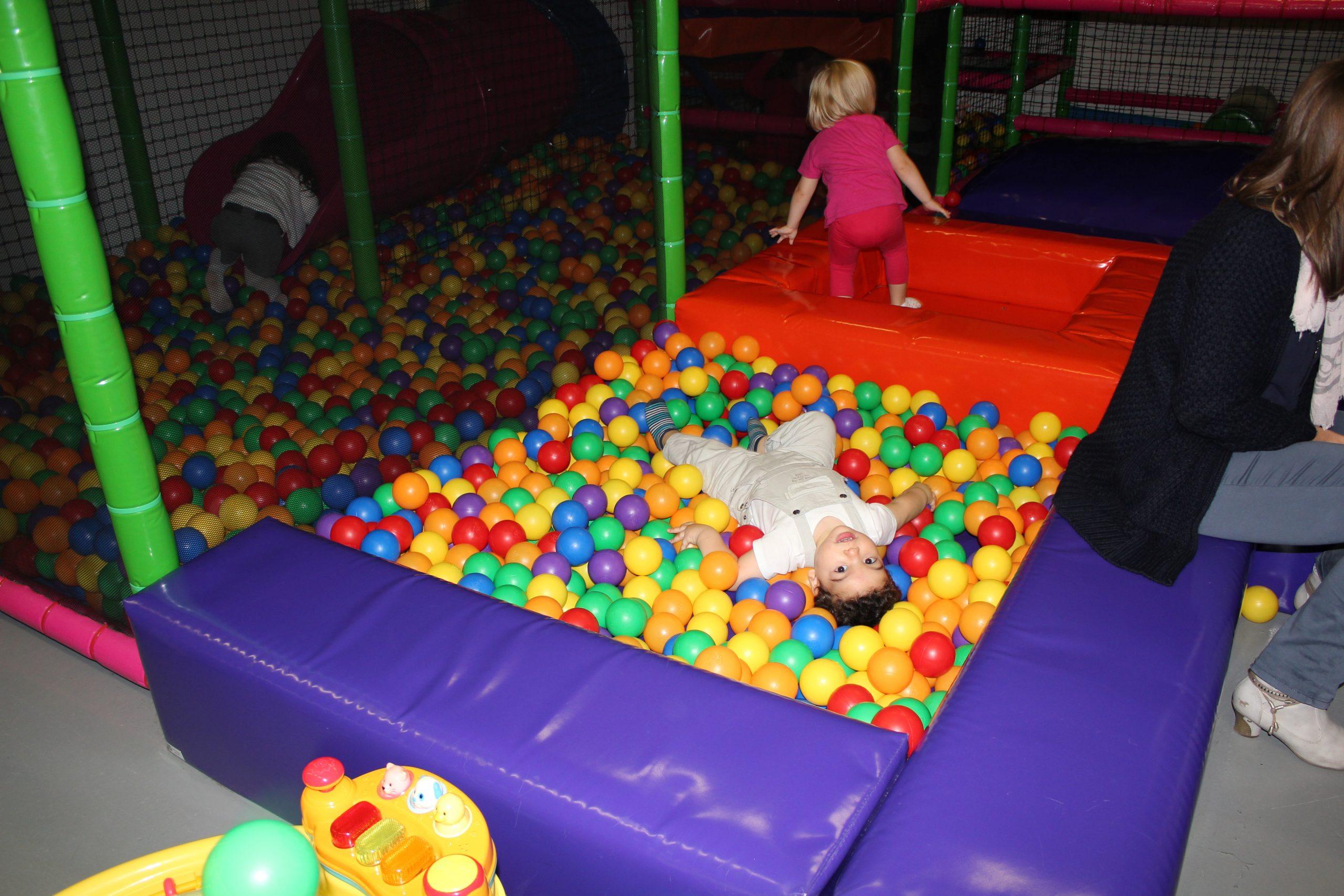 Minizone Pour Les Enfants De 1 A 3,5 Ans – Kids Moments intérieur Jeux Pour Enfant De 5 Ans