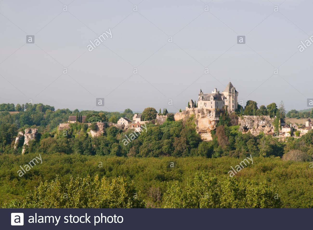 Montfort Castle And Vitrac Village, Dordogne (24), Nouvelle destiné Nouvelle Region France