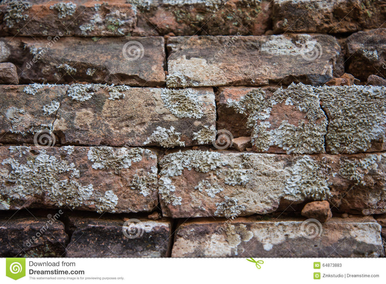 Old And Broken Red Stone Brick Wall Stock Image - Image Of tout Casse Brick