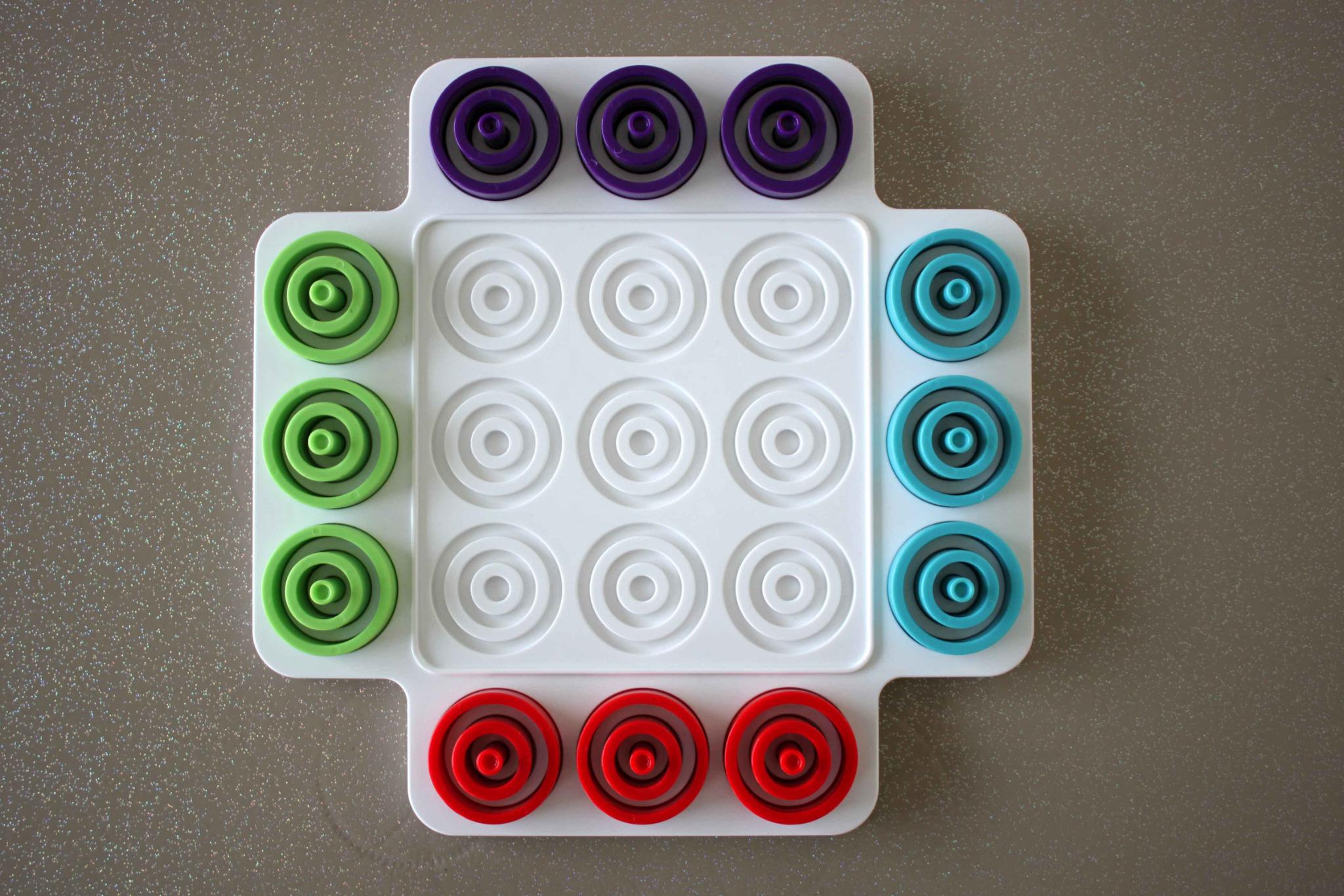 Otrio (Jeu De Société De Chez Marbles) - On Lit, On Joue avec Jeu Quatre Images
