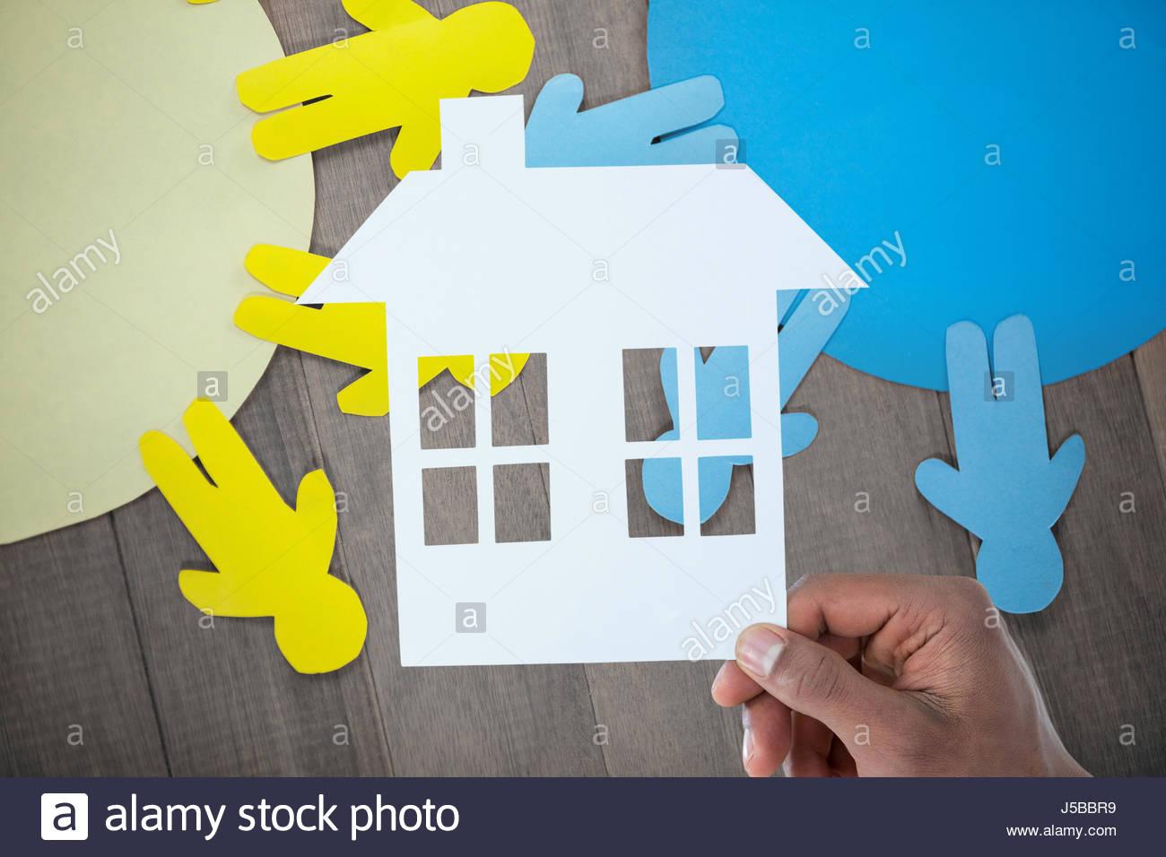 Paper Cut Photos & Paper Cut Images - Alamy avec Maison Papier A Decouper
