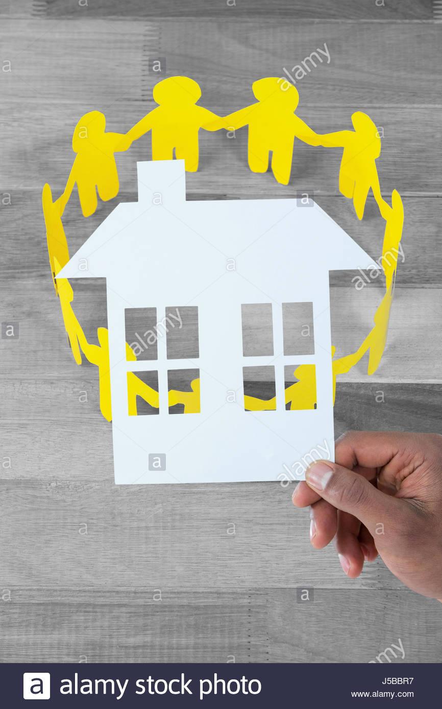 Paper Cut Photos & Paper Cut Images - Alamy concernant Maison Papier A Decouper