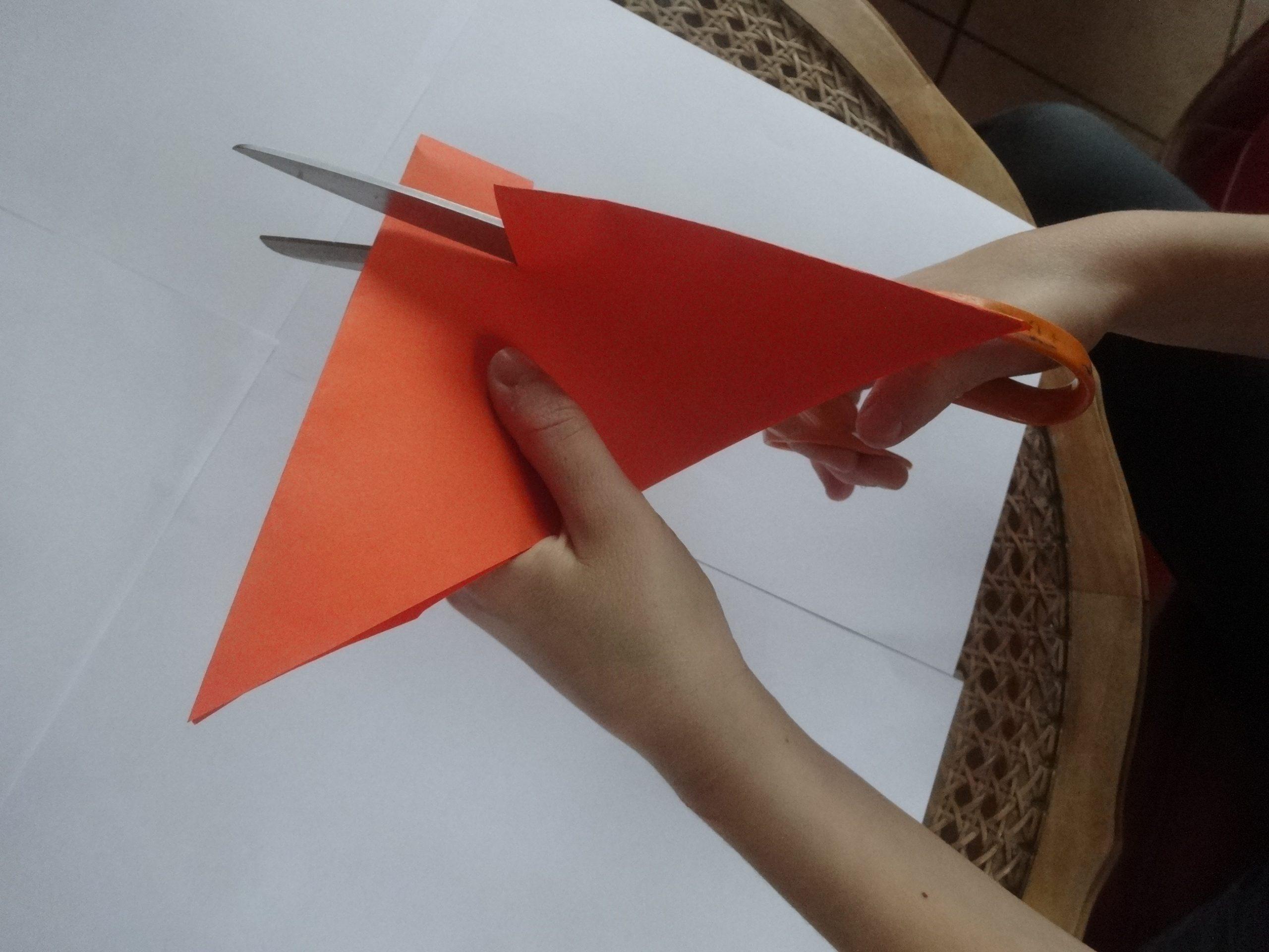 Papier Découpé | Activités À La Maison serapportantà Pliage Papier Enfant