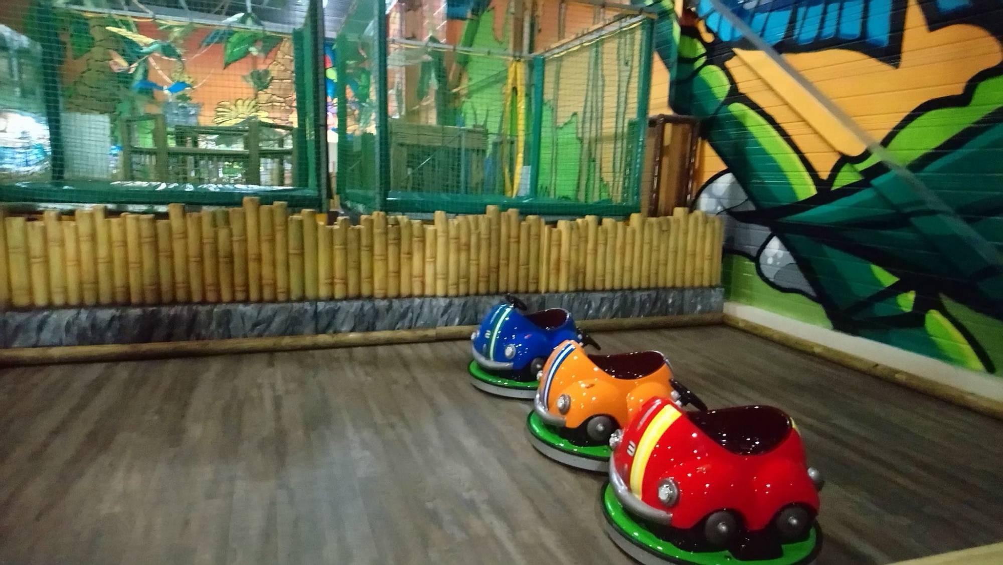 Parc De Jeux Pour Enfants Marseille - Montopoto avec Jeux De Voiture Pour Petit