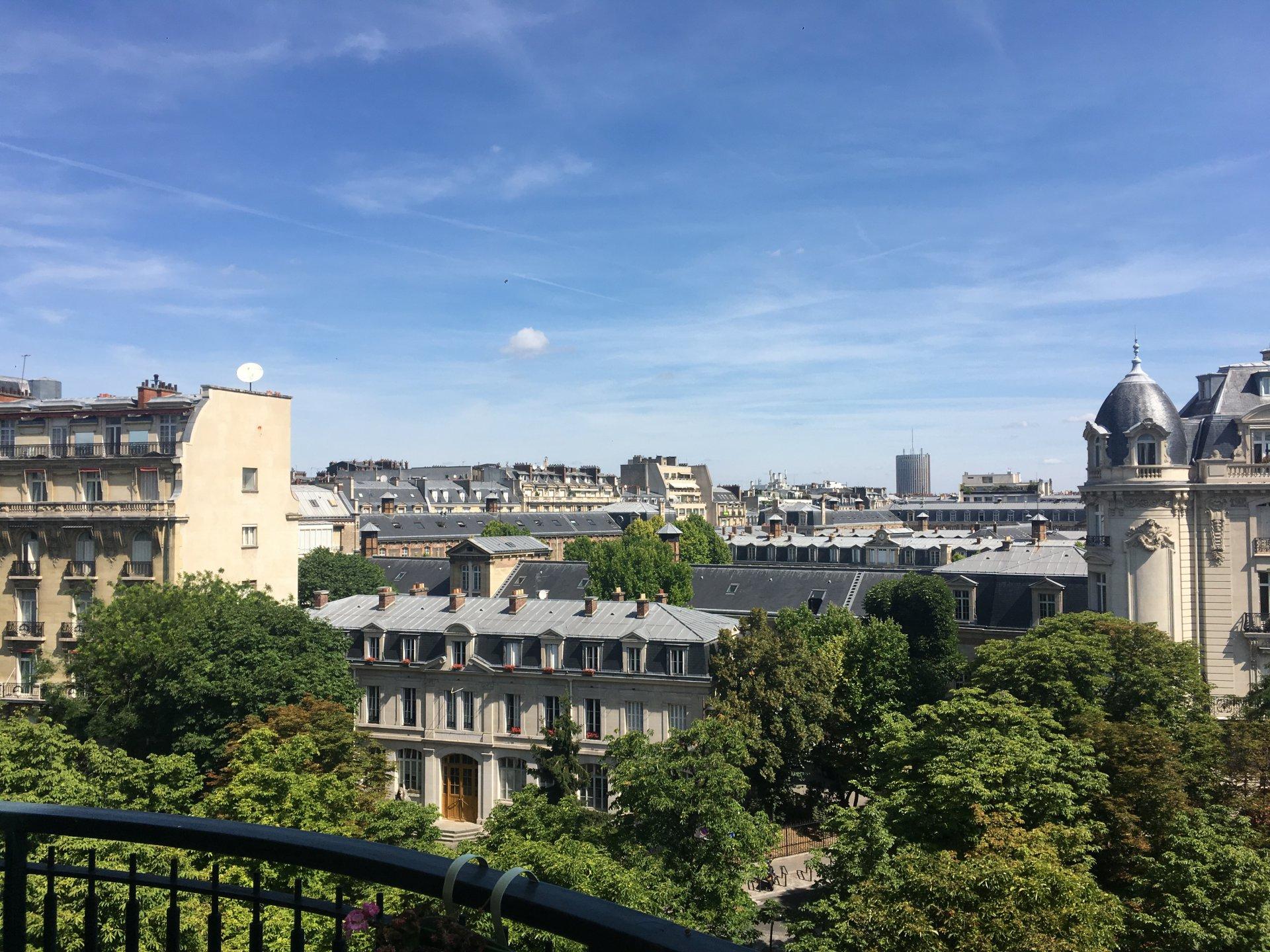 Paris 16Ème Appartement 2 Pièces 1 087 800 Euros - Chevalier dedans Pièces Euros À Imprimer
