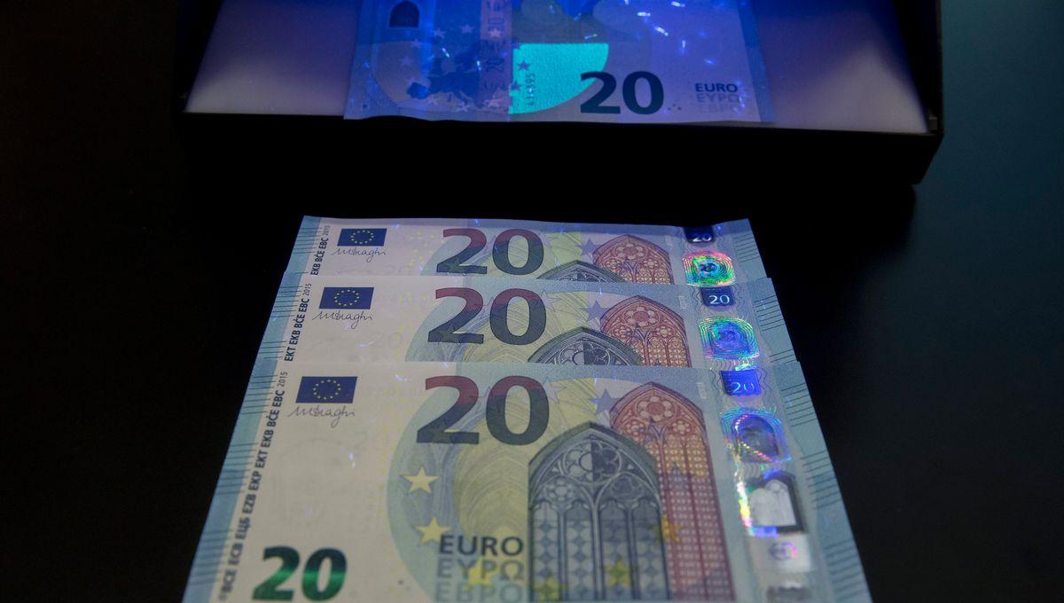 Paris : Le Roi De La Fausse Monnaie Condamné À 8 Ans De Prison tout Fausses Pieces Euros