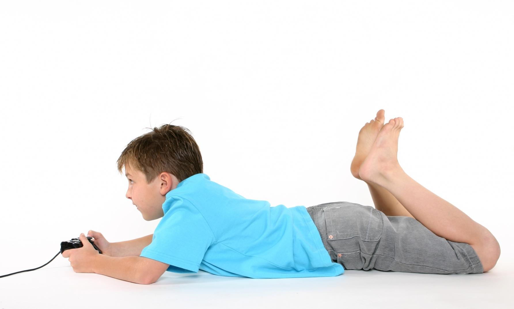 Pas D'ordinateur Avant 3 Ans, Pas De Console Avant 6 Ans encequiconcerne Jeux Video Enfant 5 Ans