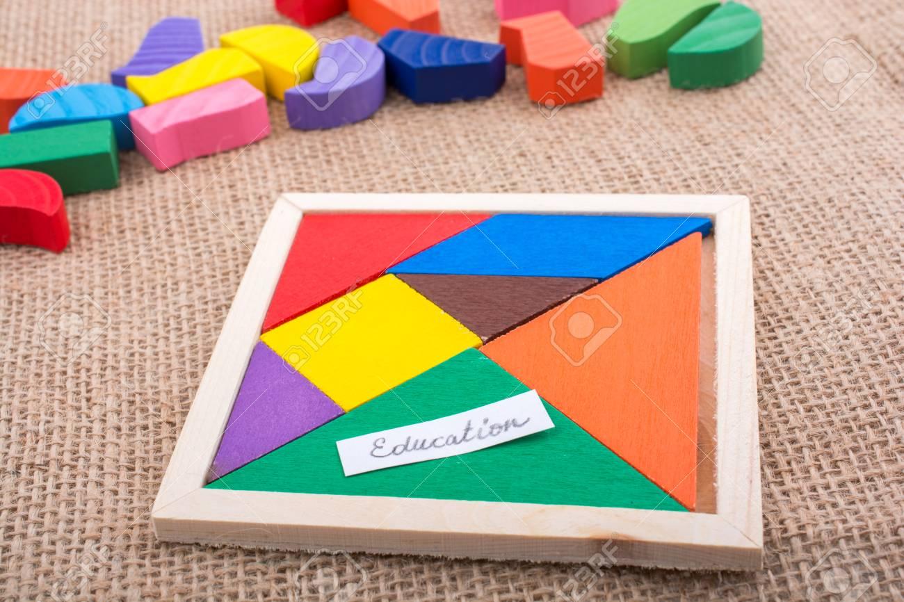 Pièces Colorées D'un Puzzle Tangram Carré encequiconcerne Tangram Carré