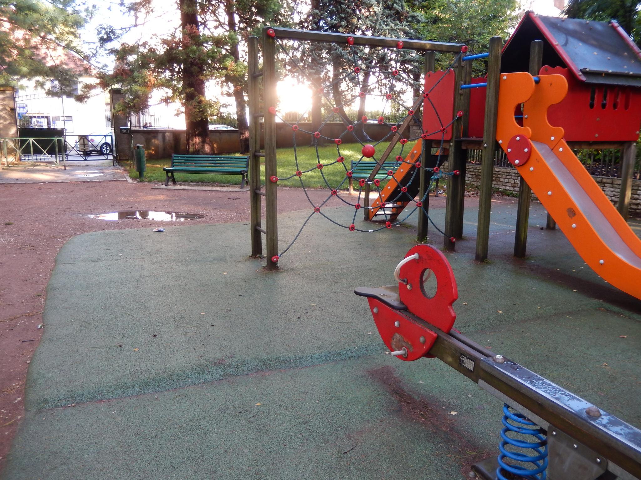 Plus De Jeux, Dans Les Parcs Du Quartier, Pour Les Jeunes tout Jeux Pour Jeunes Enfants