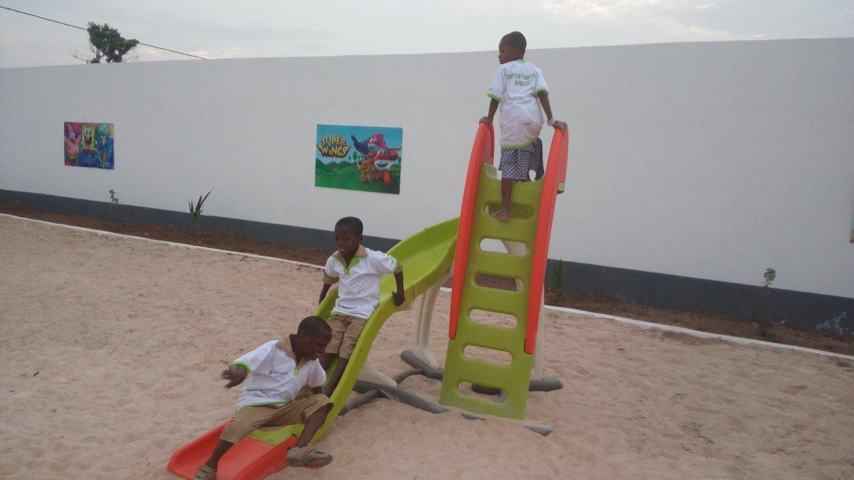 """Polus Agathon💻📲📻📺 On Twitter: """"la 1600E #stationservice pour Jeux Africains Pour Enfants"""