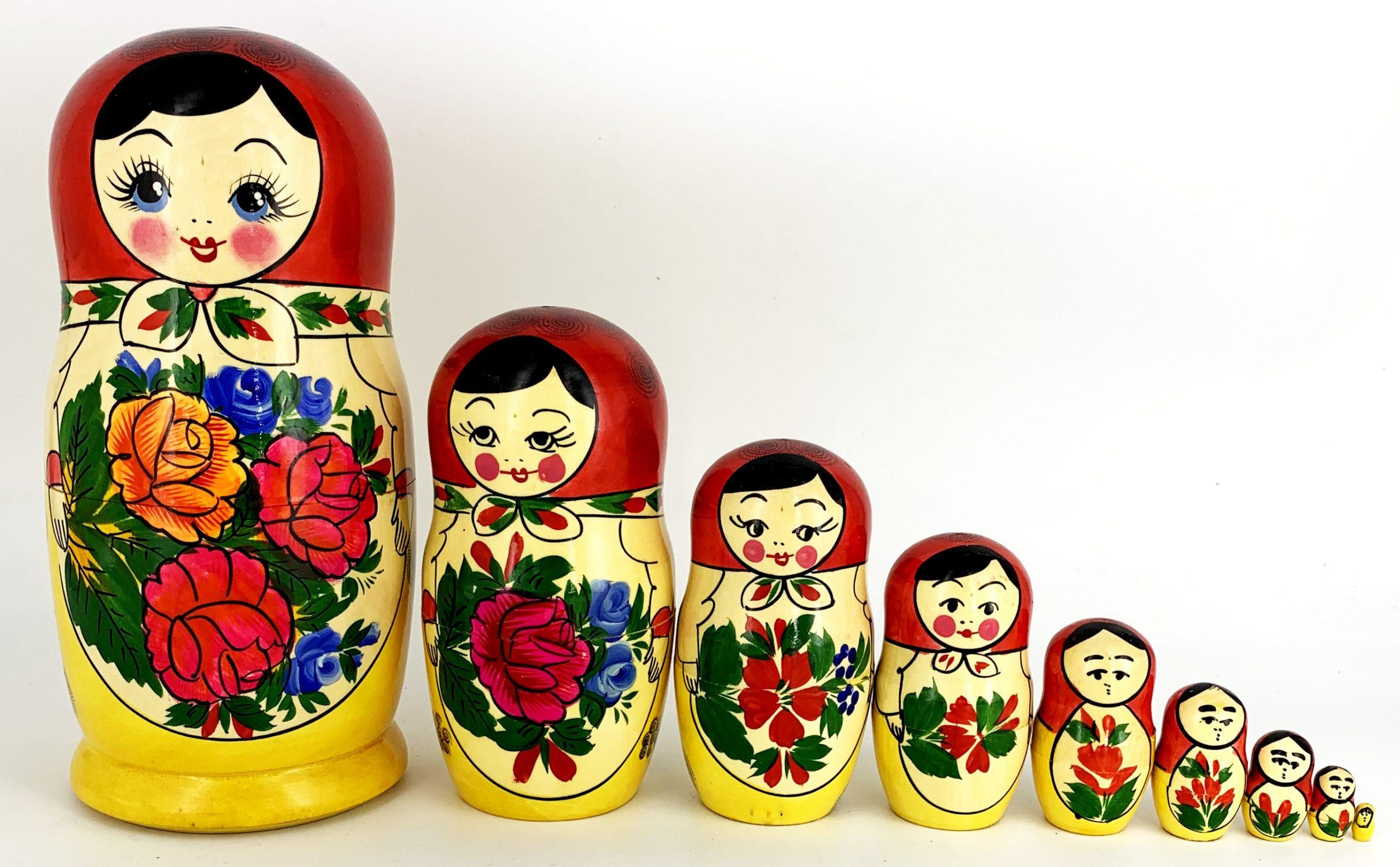 Poupée Russe Traditionnelle 9 Pcs. - Tendance Russe pour Nom Poupée Russe