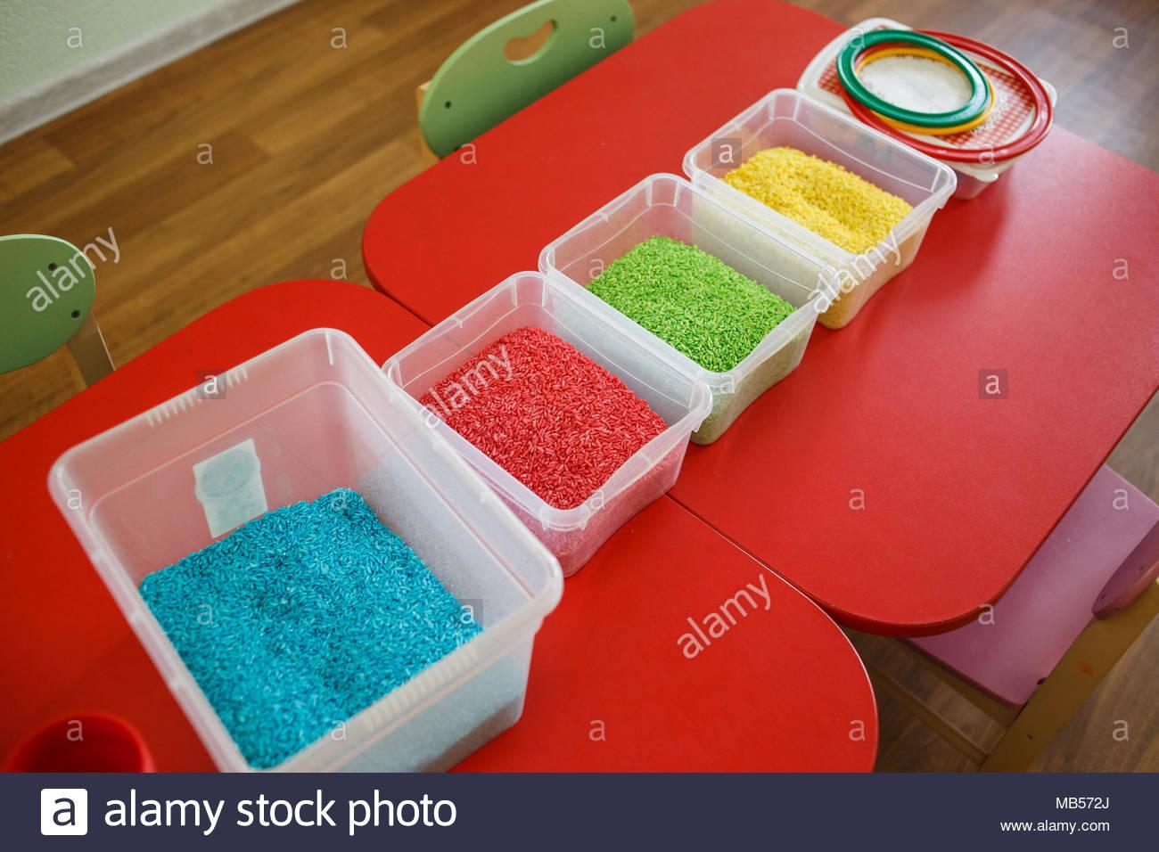 Pour Les Tout-Petits Avec Boîte Sensorielle Riz Coloré En tout Jeu Educatif Maternelle