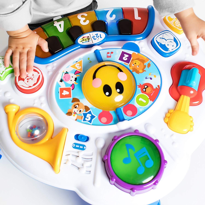 Premier Jouet Pour Bébé : La Table D'eveil Pour Découvrir Un dedans Jouet Pour Voiture Bébé