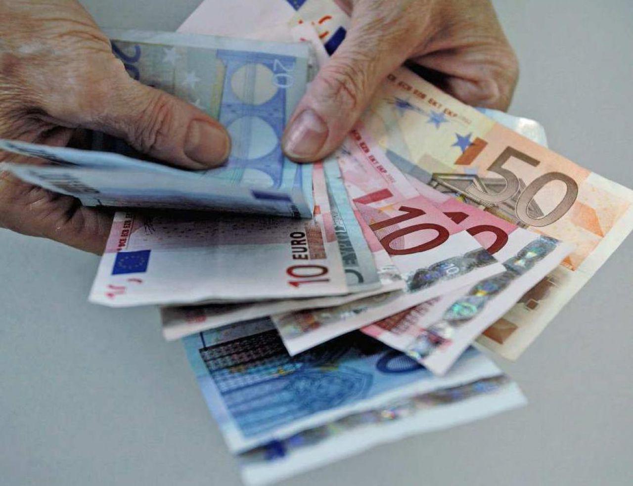 Procès : Les Faussaires Allaient Imprimer Pour 8 Millions D à Billet De 50 Euros À Imprimer