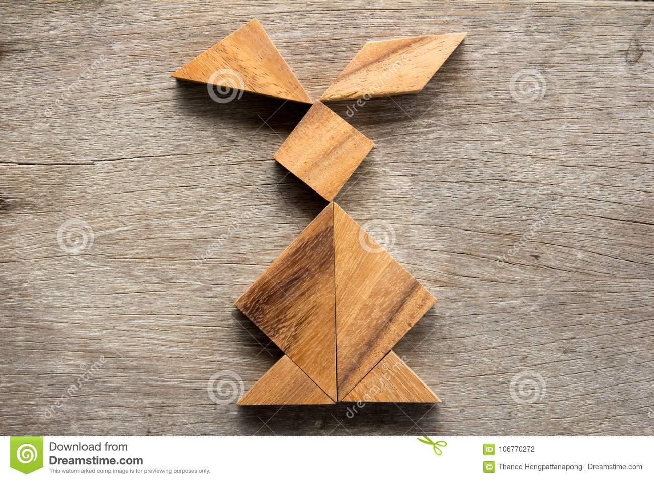 Puzzle Chinois De Tangram Dans La Forme De Lapin Sur L pour Tangram Lapin