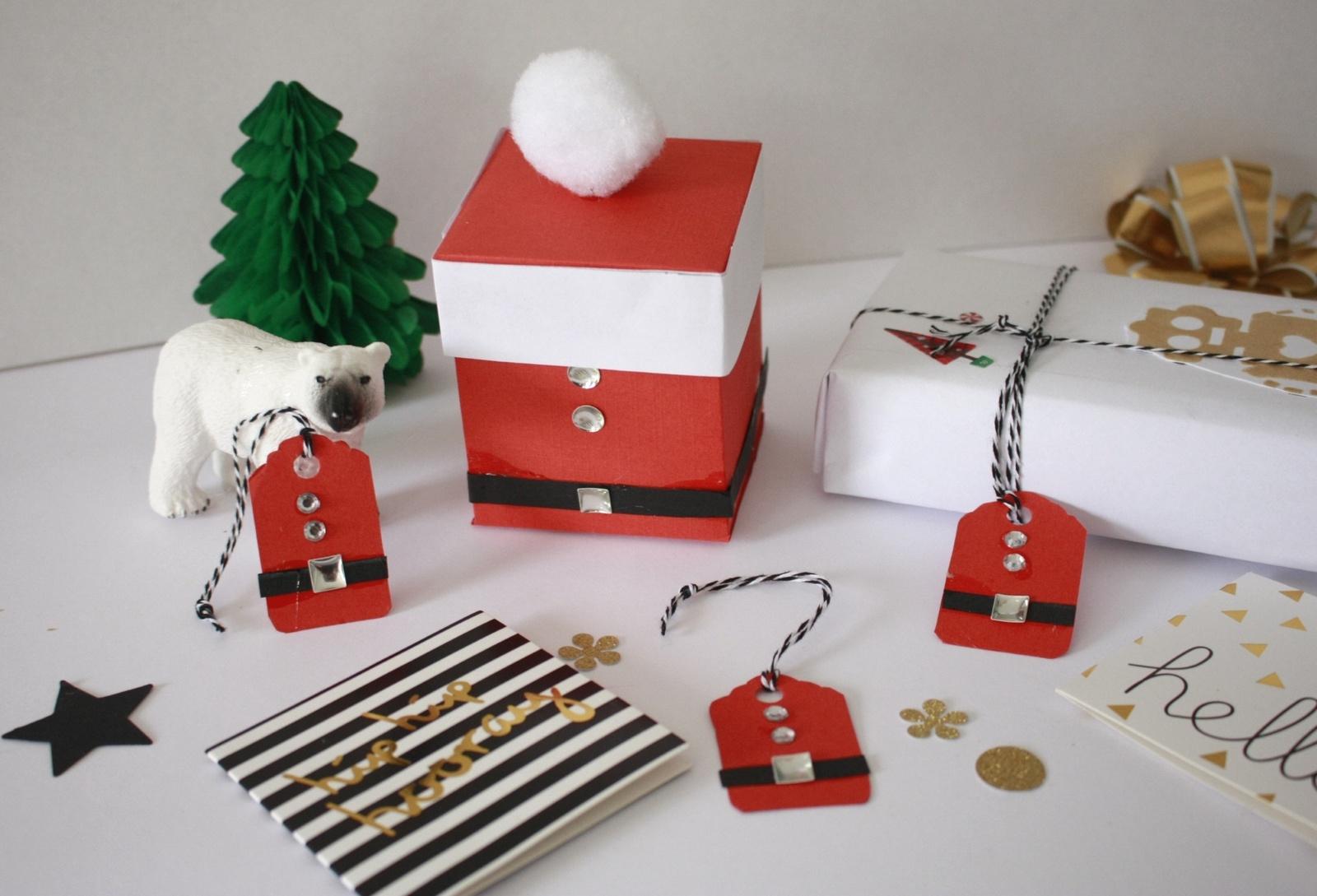 Réaliser De Petites Boîtes De Noël Ainsi Que Les Étiquettes encequiconcerne Boite De Noel A Imprimer