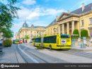 Reims France - June 17, 2017 : Tram On The Streets And serapportantà Region De France 2017