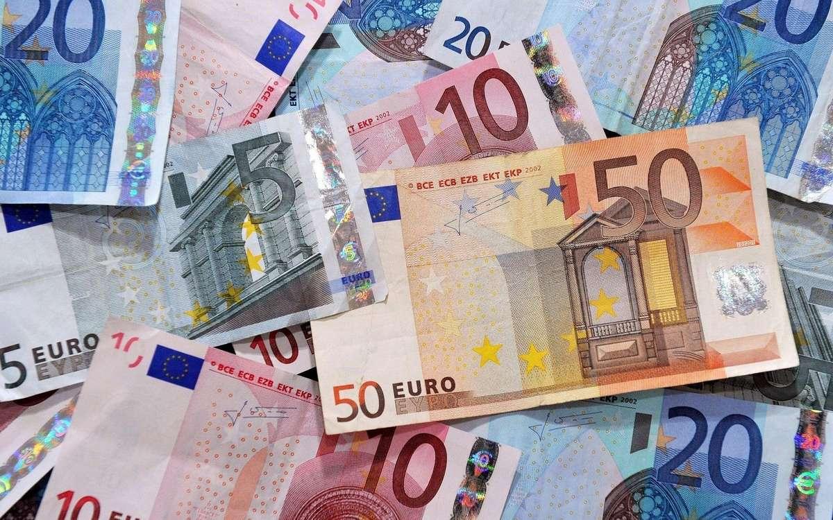 Saisie De Faux Billets Pour 28 Millions D'euros En Italie avec Billet De 50 Euros À Imprimer