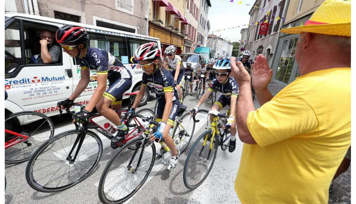 Satillieu | 1 100 Cyclistes Dans La Course Pour Qui L encequiconcerne Jeux Course Enfant