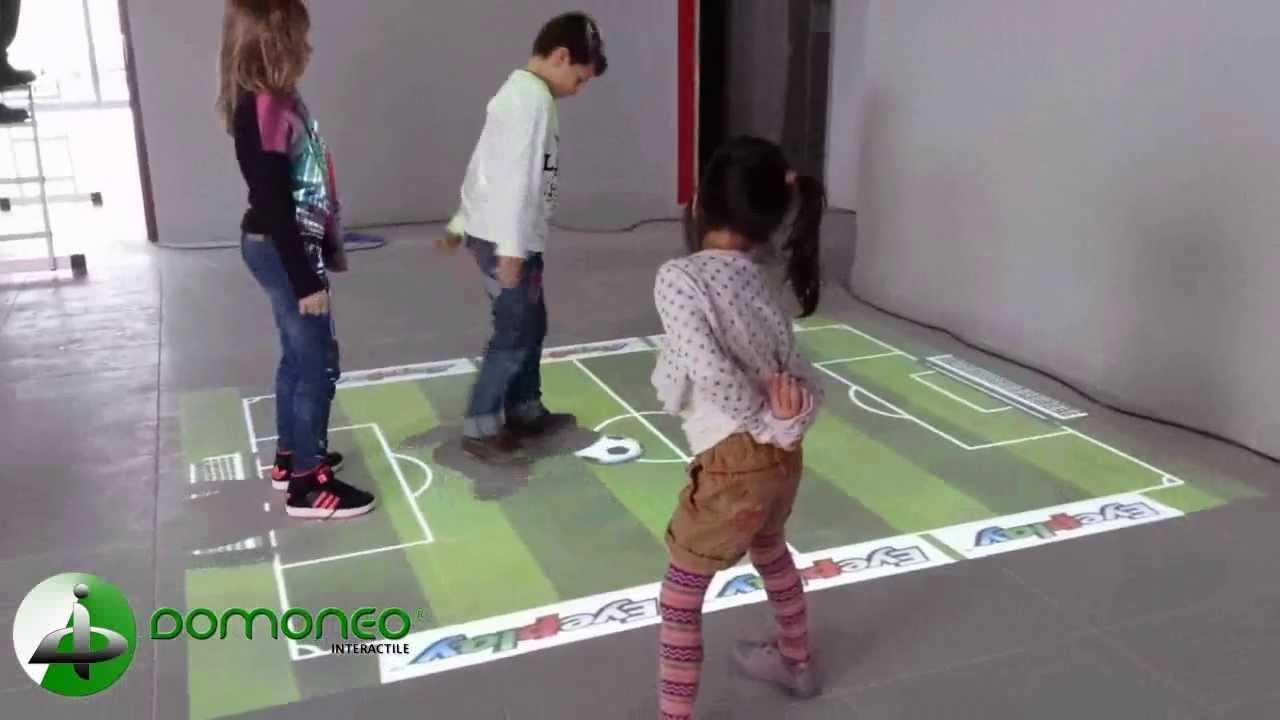 Sol Interactif Et Tactile Avec Jeux Pour Les Enfants Dans Un Restaurant à Jeu Interactif Enfant