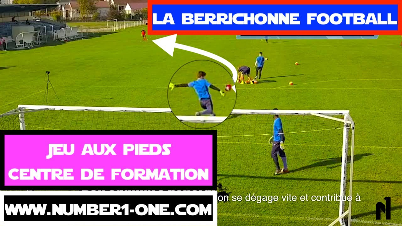 Spécifique Gardien De But Jeux Aux Pieds Centre De Formation Goalkeeper La  Berrichonne Châteauroux encequiconcerne Jeux De Gardien De Foot