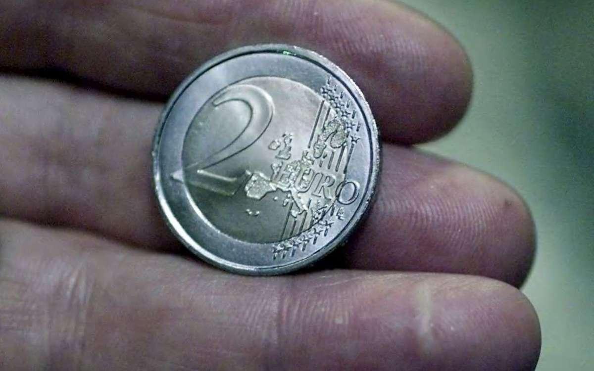 Surveillez Vos Pièces De 2 Euros : Certaines Sont Fausses, D avec Fausses Pieces Euros