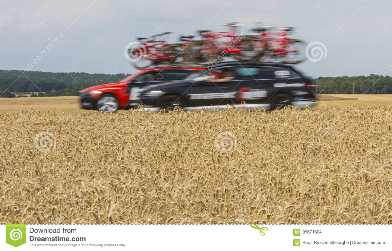 Technical Cars - Tour De France 2017 Editorial Stock Image avec Region De France 2017