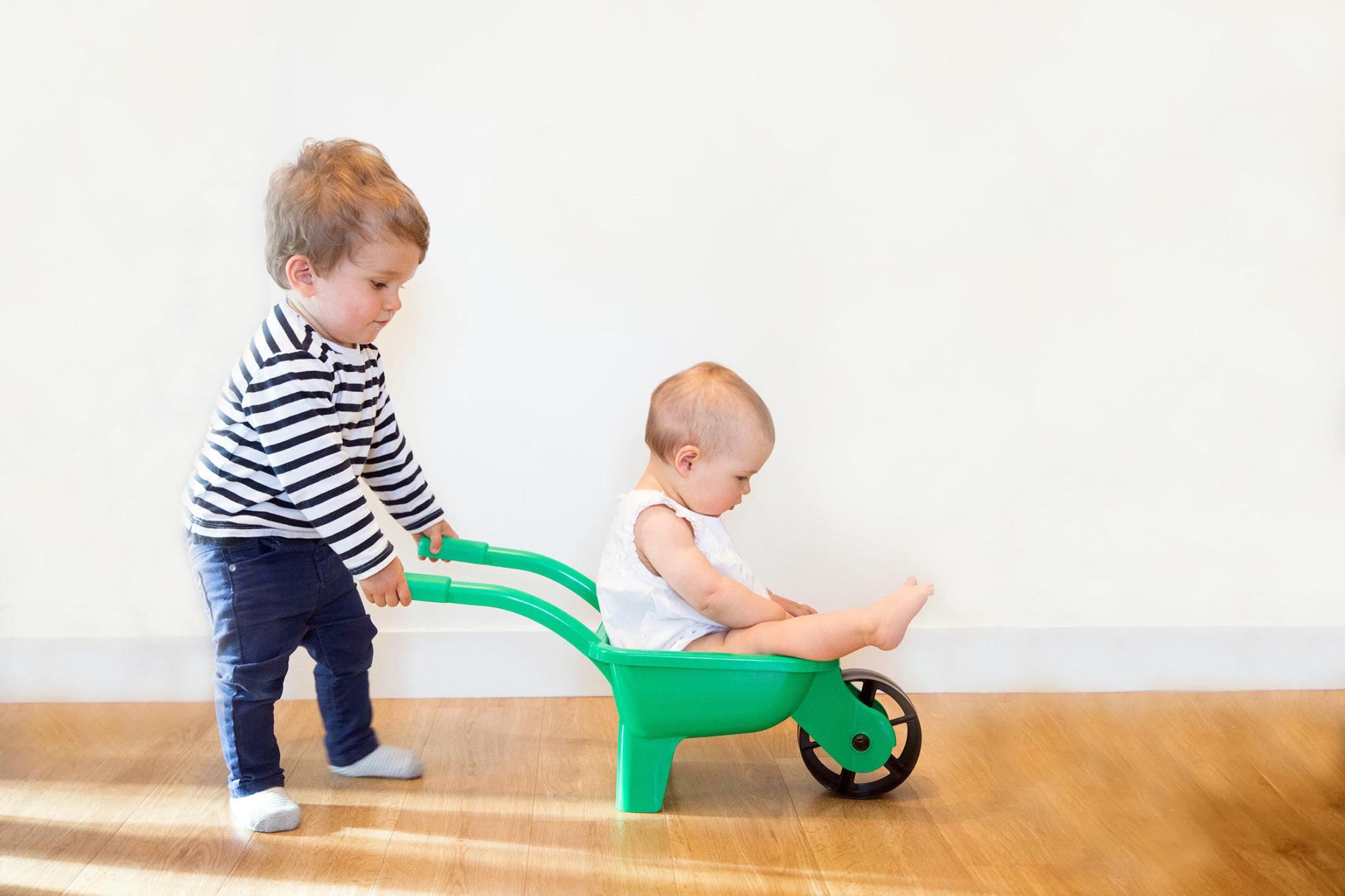 Top 5 Des Jeux D'éveil Pour Un Bébé De 6 Mois - Mademoiselle serapportantà Jeux Voiture Bebe
