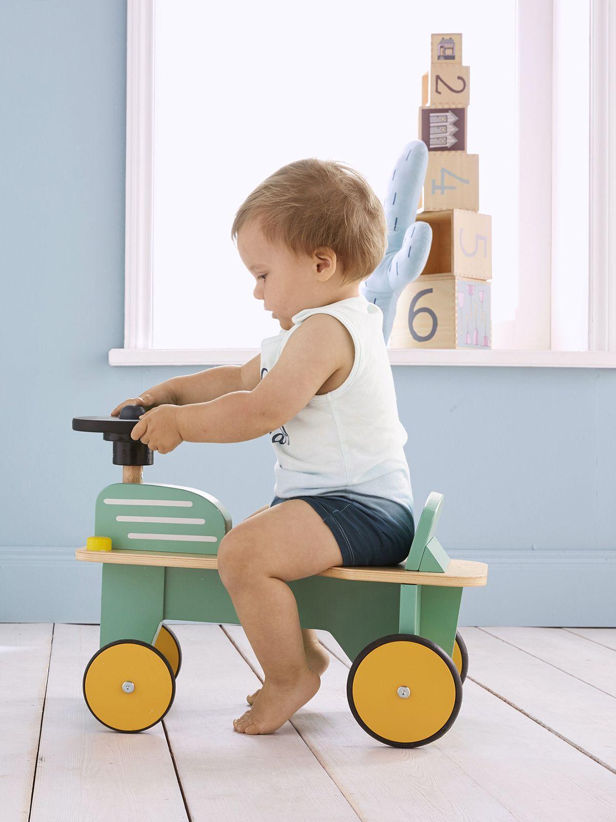 Tracteur #porteur En #bois #jouetbois #jouetbebe #bebe encequiconcerne Jeux En Ligne Pour Tout Petit