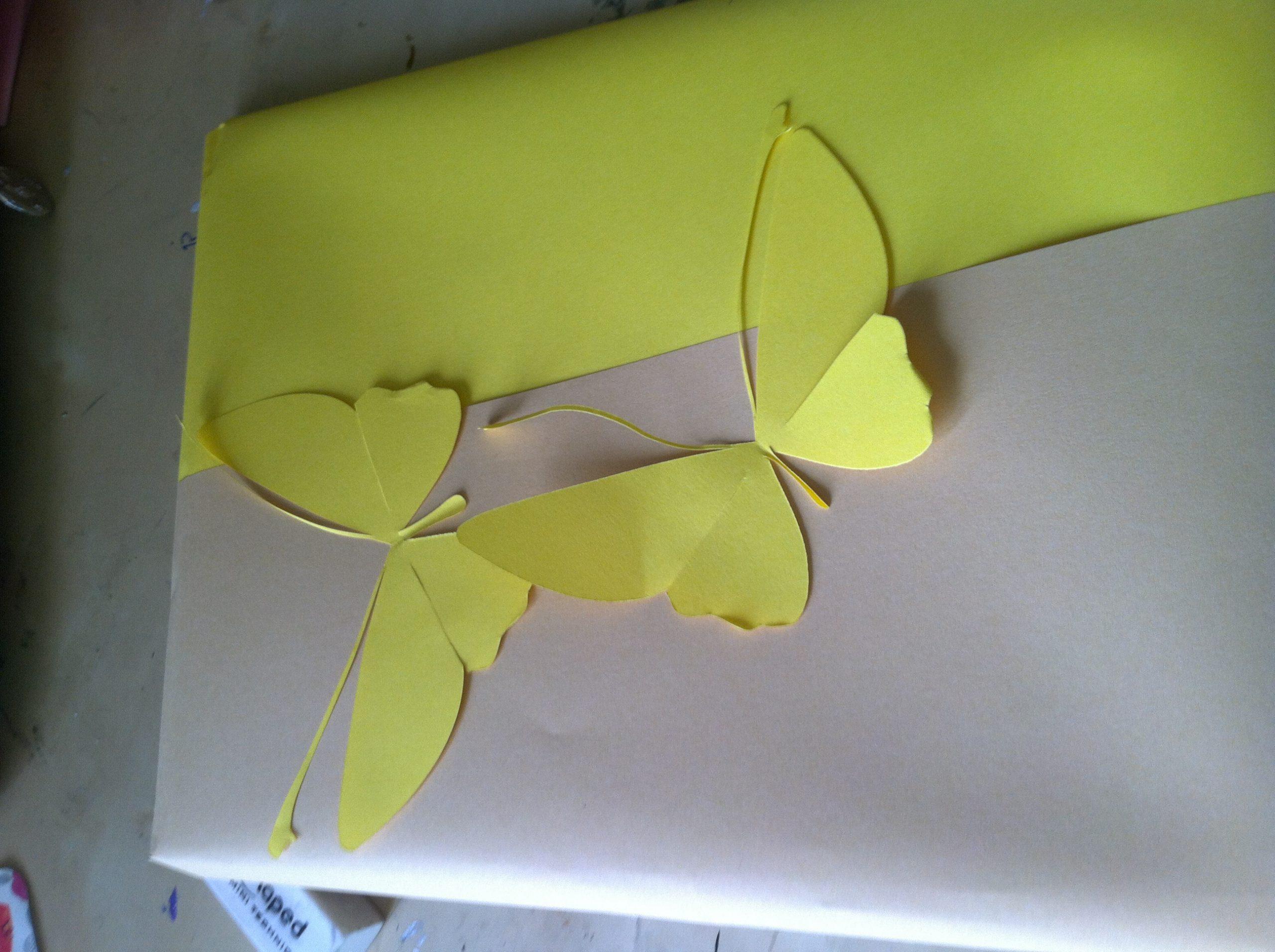 Tutoriel : Papillons En Papier - La Fabrique De Couleurs tout Decoupage Papier Facile