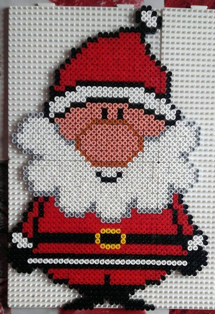Un Autre Modèle De Père Noel Pour Ce Modèle: 1470 Perles à Pixel Art Pere Noel