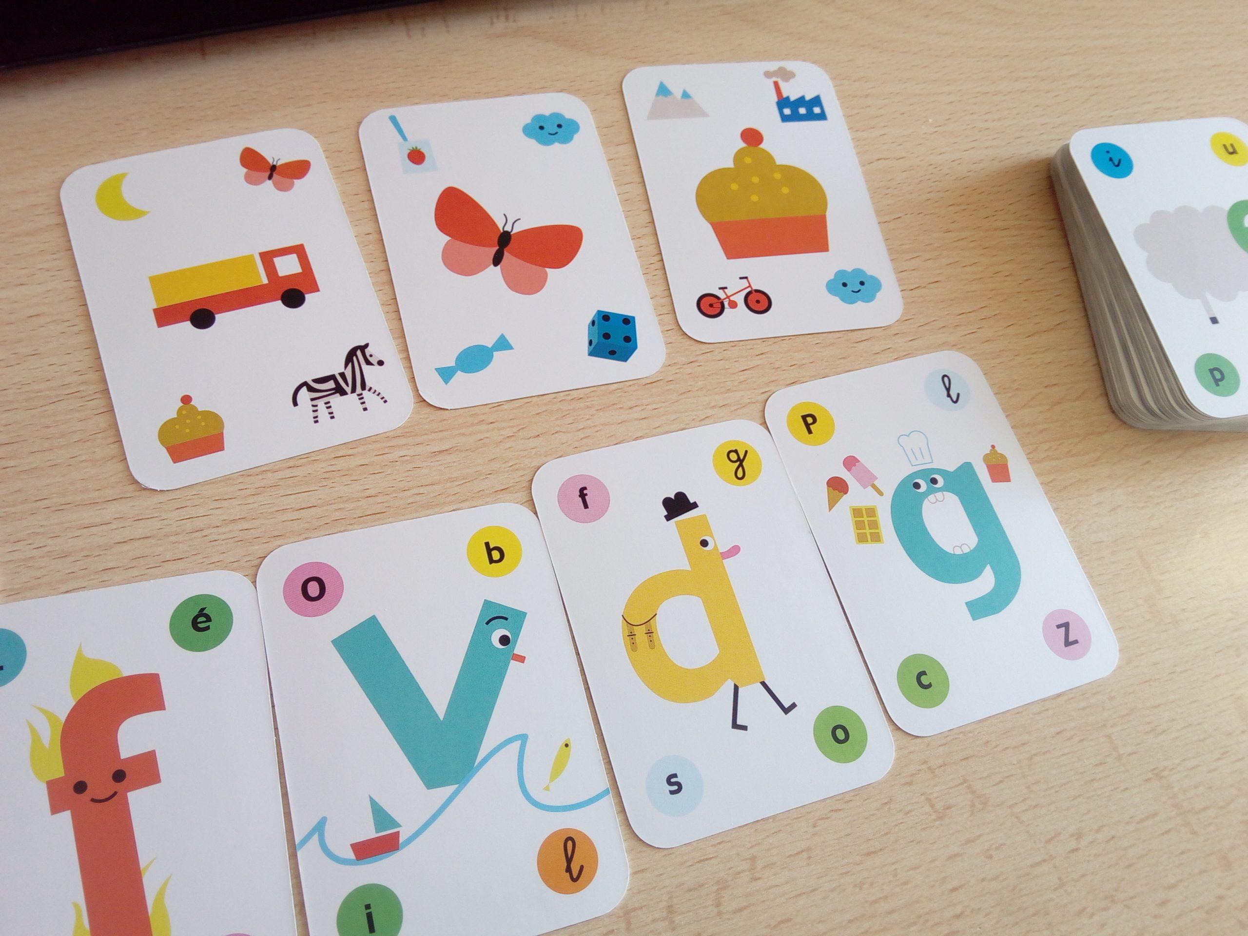 Un Coffret Pour Jouer Et Apprendre À Lire (Cartes Et Livret tout Jeux De Lettres Enfants